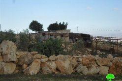 إخطارات بوقف البناء لعدد من المساكن وحظائر الماشية في قرية الجفتلك