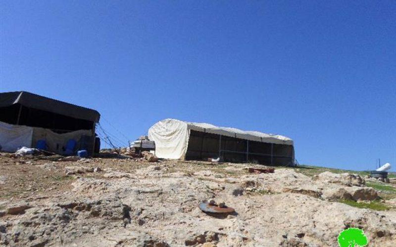 Stop-work order on a residential tent in Khirbet Al-Halawah