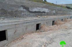 الاحتلال يخطر بوقف العمل في مقبرة ببلدة إذنا غرب الخليل
