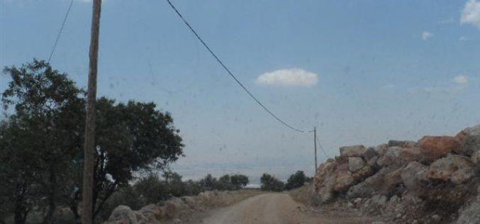 إخطارات بوقف البناء لـ 14 منشأة سكنية وزراعية في قرية دوما