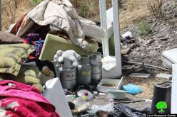 Dozers of Israel Municipality demolish two houses in the Jerusalem neighborhood of Wad Al-Juz