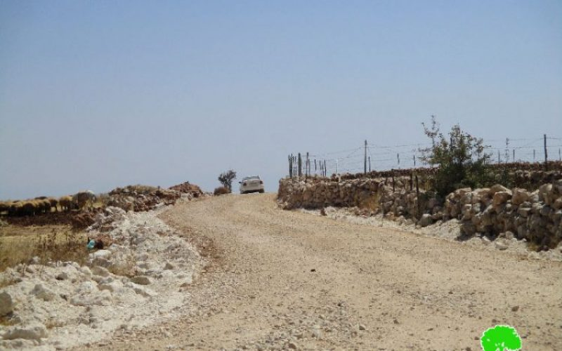 Israeli Occupation Forces ban the opening of agricultural road in Aqraba town