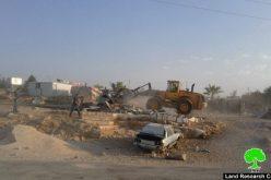 الاحتلال يهدم مسكنين مأهولين ومركز مجتمعي ثقافي في خربة أم الخير في بلدة يطا بمحافظة الخليل
