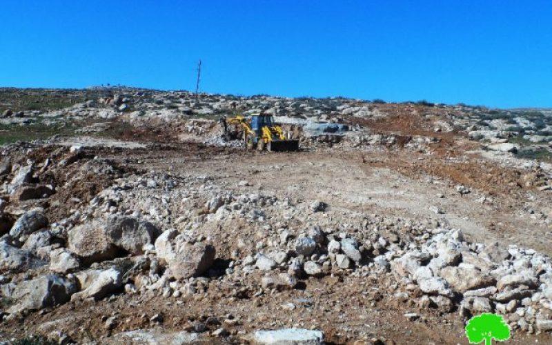 أوامر بهدم منشآت زراعية في قرية الديرات شرق يطا بمحافظة الخليل