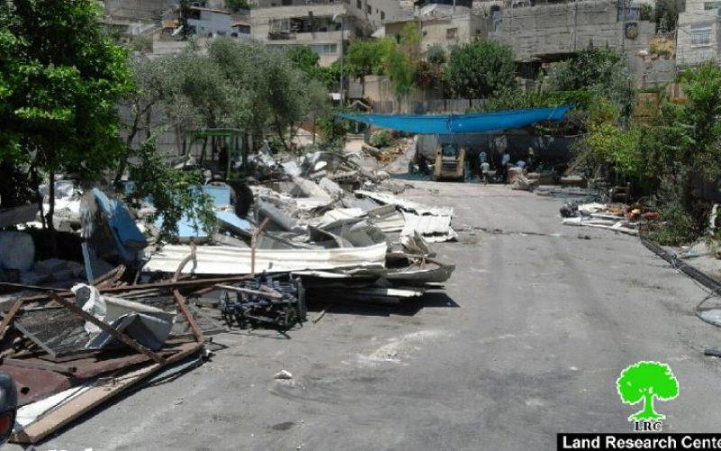 جرافات بلدية الاحتلال تنفذ حملة هدم طالت مساكن ومنشآت في بلدية سلوان وبيت حنينابالقدس المحتلة