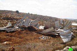 إغلاق طرق زراعية وهدم منشآت سكنية وزراعية في بلدة قصرة بمحافظة نابلس