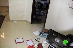 الاحتلال يغلق مبنى إذاعة السنابل بمدينة دورا / محافظة الخليل