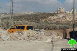 9 إغلاقات لطرق رئيسية وفرعية جنوب مدينة نابلس <br> الاحتلال يحاصر محافظة نابلس بإضافة حواجز عسكرية جديدة