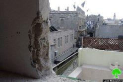 تحت ضغط من بلدية الاحتلال … المواطن نبيه الباسطي يهدم مسكنه الكائن في البلدة القديمة هدماً ذاتياً
