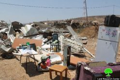 Demolition of caravan in the Jerusalem town of Beit Hanina