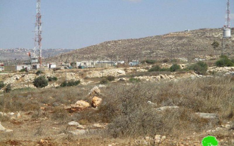 """الشروع في شق طريق استعماري جديد حول مستعمرة """" افني حيفتس"""" على حساب أراضي قرية شوفة"""