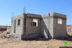 إخطار بوقف العمل في مشروع زراعي بمنطقة غزيوي جنوب يطا