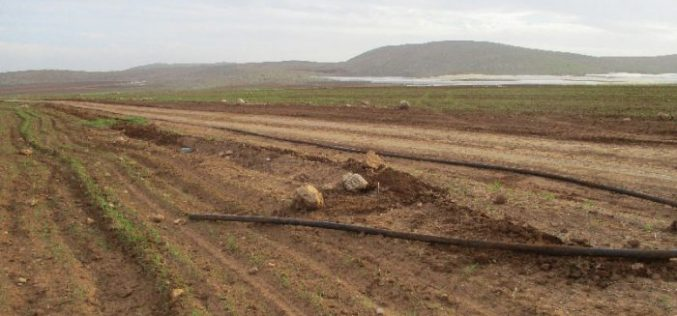 Israeli Occupation Forces demolish water supply line in Palestinian Jordan Valley