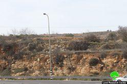 الاحتلال يخطر 6 آبار ومنزلين بوقف العمل والبناء في منطقة واد الشامي فيبلدة الخضر / محافظة بيت لحم