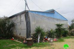 إخطارات بوقف البناء لمساكن ومزارع ورش حرفية في قرية شوفة