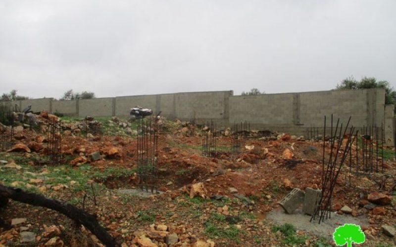 إخطار نهائي بهدم مزرعة ومنزل قيد الإنشاء في بلدة عزون الشمالية