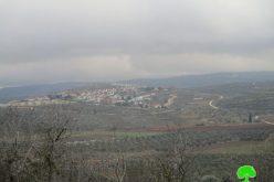 """مستعمرو مستعمرة شفوت راحيل يزحفون نحو سرقة المنطقة الأثرية """"خربة خنيفس"""" جنوب قرية جالود"""