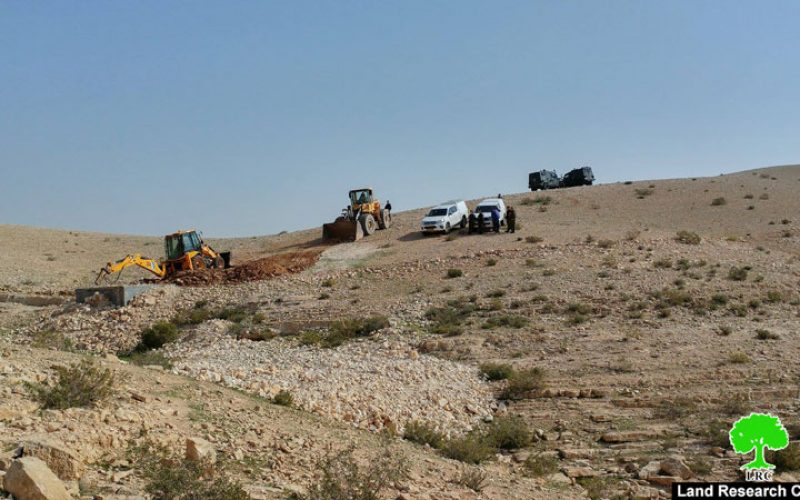 Israeli Occupation Forces demolish water well in Hebron town of Yatta