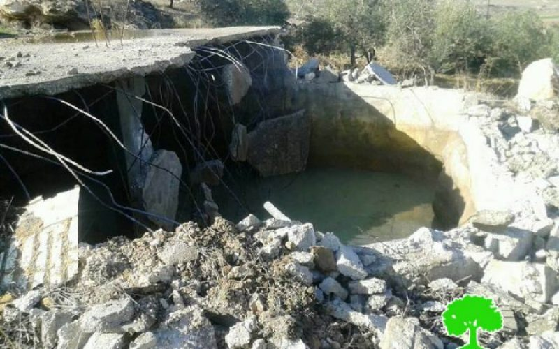 Israeli Occupation Forces demolish agricultural structures in the Hebron town of Idhna