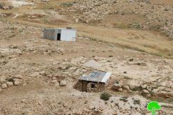 إخطارات بوقف العمل في منشآت بقرية الفخيت شرق يطا
