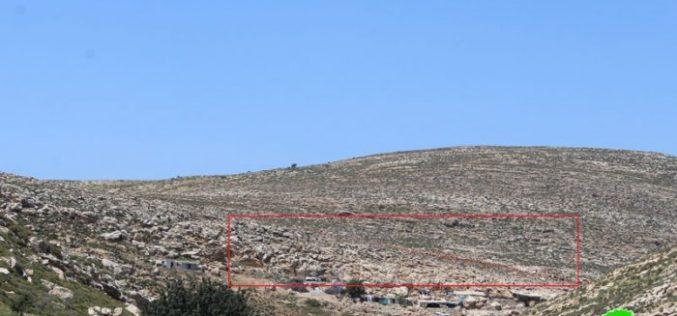 أمر هدم نهائي بهدم منشآت سكنية وزراعية بمنطقة فرعة / محافظة الخليل