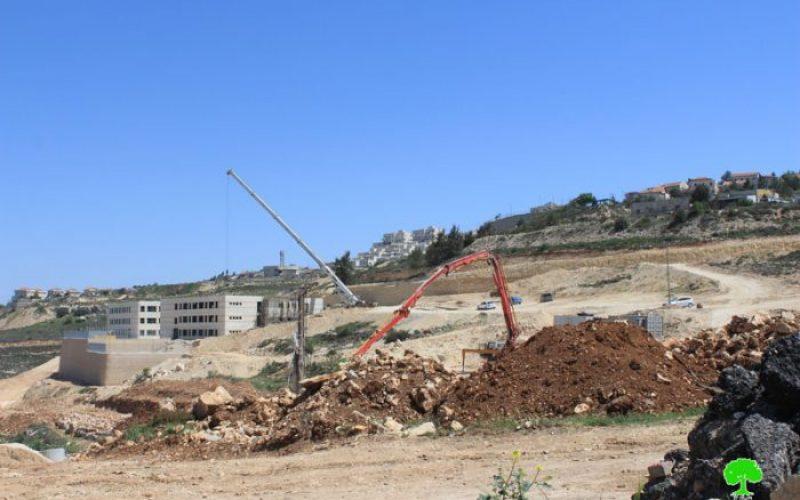 إغلاق طريقاً رئيسياً شرق قرية نحالين بمحافظة بيت لحم