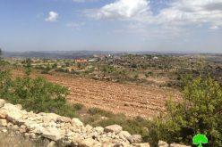 """مستعمرو """"سيدي بوعز"""" يجرفون ارض زراعية في عين القسيس فيبلدة الخضر/ محافظة بيت لحم"""