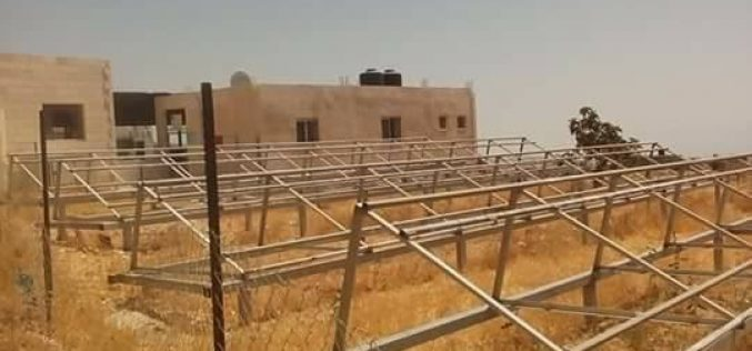 Israeli Occupation Forces confiscate solar energy systems from Bethlehem area of Jubb Ad-Dhib