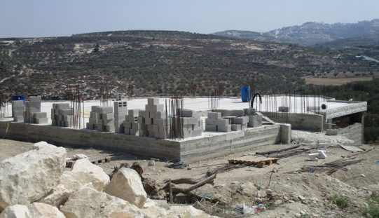 Stop-work orders on residential and agricultural barrack in the Qalqiliya village of Jit