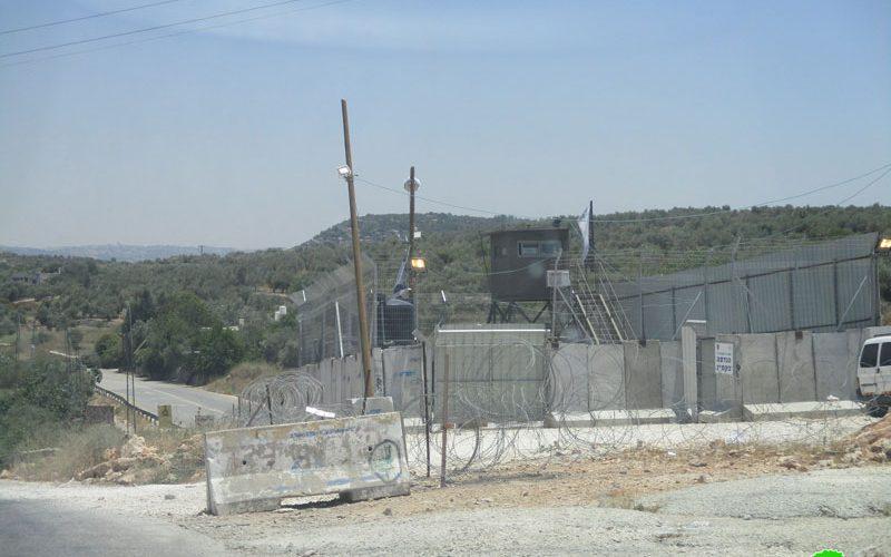 الاحتلال يقيم برج مراقبة عسكري على المدخل الشمالي لقرية دير نظام