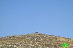 مستعمرون يسيطرون على تلة جبلية ويمهدون لإنشاء بؤرة جديدة عليها