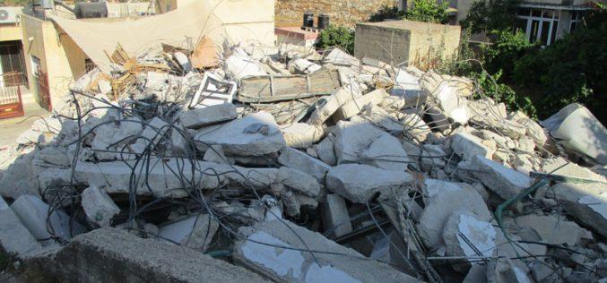 بذريعة الأمن … جيش الاحتلال الإسرائيلي يهدم منزل عائلة الأسير مالك حامد فيبلدة سلواد