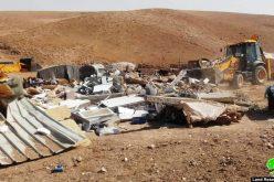 الاحتلال يهدم مسكنين في قرية الحلاوة بمسافر يطا بمحافظة الخليل