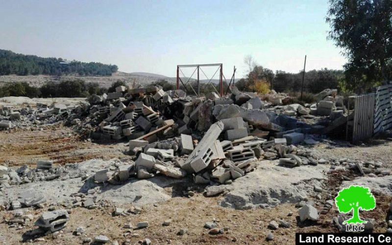الاحتلال يهدم غرفة زراعية في قرية التواني شرق يطا بمحافظة الخليل
