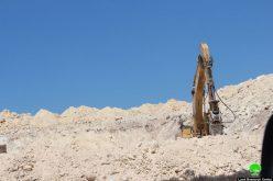 تجريف أراضي بعد الإعلان عن الاستيلاء عليها في قرية الجبعة بمحافظة بيت لحم