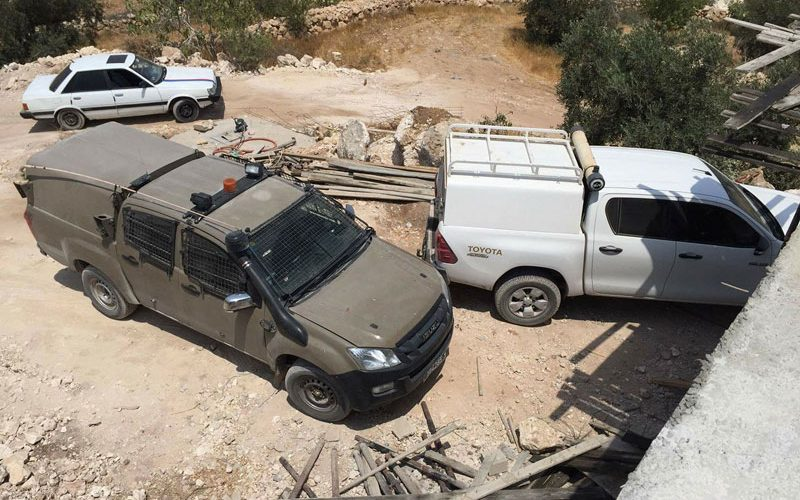 Israeli Civil Administration notify residences of Stop- work and construction in Hebron governorate