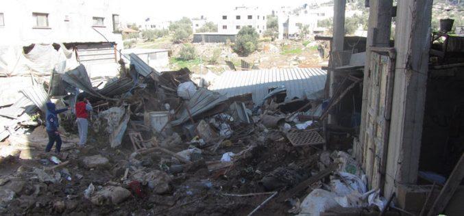 هدم بركسين ومخزن للأعلاف في بلدة برقين … بذريعة الأمن / محافظة جنين