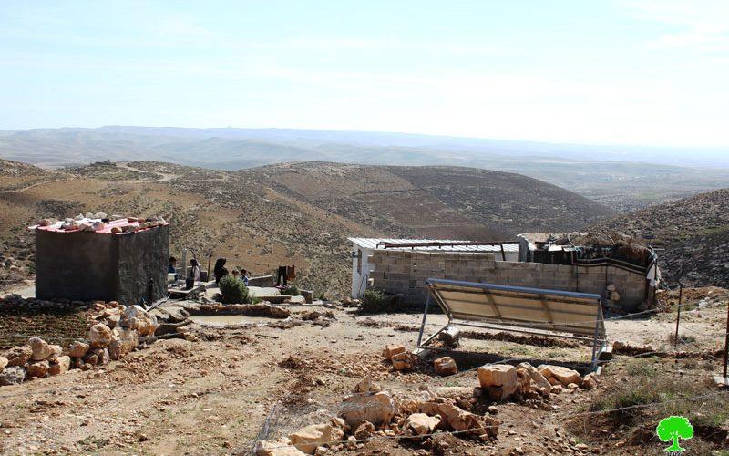 إخطار بوقف العمل في مسكن مواطن بقرية  خلة الضبع شرق يطا -محافظة الخليل