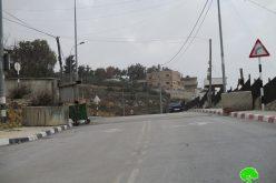 وضع بوابة حديدية على مدخل بلدة سنجل الشرقي محافظة رام الله