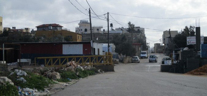 Israeli Occupation Forces set up two military gates at Nablus villages of Saffarin and Shufa