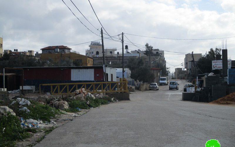 نصب بوابتين عسكريتين على مدخل قريتي سفارين وشوفة جنوب مدينة طولكرم