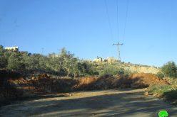 إغلاق مدخل قرية اوصرين الجنوبي بالسواتر الترابية محافظة نابلس