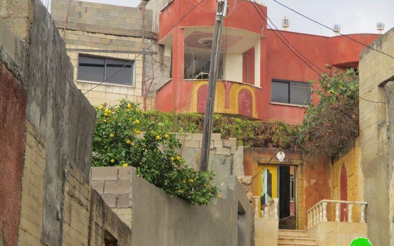 إخطار بهدم منزل في بلدة قباطية بذريعة الأمن  محافظة جنين