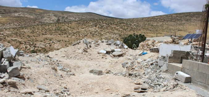 Israeli Occupation Forces demolish residential and agricultural structures in Yatta area