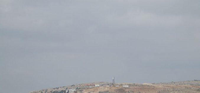 إنشاء حي استعماري جديد على حساب أراضي قريتي دير أبو مشعل وعابود محافظة رام الله