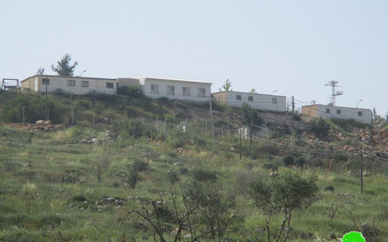 New caravans added to the illegal Israeli outpost of Tapuah  Violation:  adding new caravans