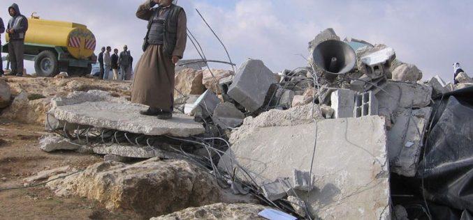 هُدِم مرتين.. وأخطر للمرة الثالثة الاحتلال يمعن في استهداف مسجد قرية المفقرة جنوب الخليل