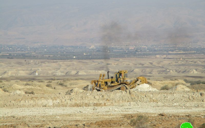 Israeli colonists seize hundreds of agricultural dunums for new outpost in Jericho
