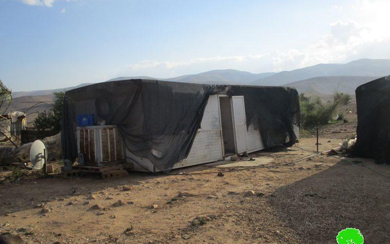 إخطارات بوقف البناء وأخرى بالهدم تطال مساكن وخيام زراعية في منطقة فصايل الوسطى  محافظة أريحا