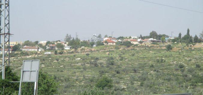 إضافة عدد من الوحدات السكنية المتنقلة بالقرب من مستعمرة تفوح شمال قرية ياسوف محافظة سلفيت